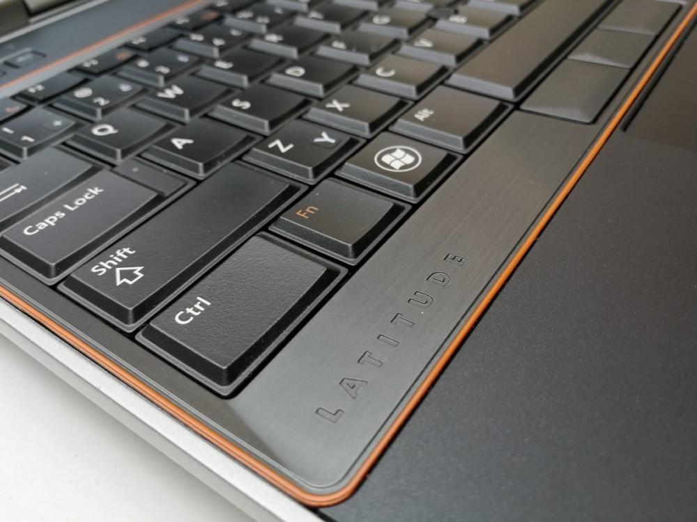 Notebook Dell Latitude E6520 č.6