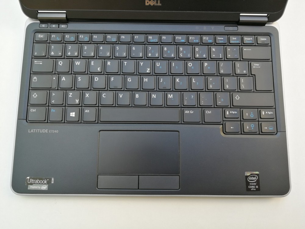 Ultrabook Dell Latitude E7240 č.3
